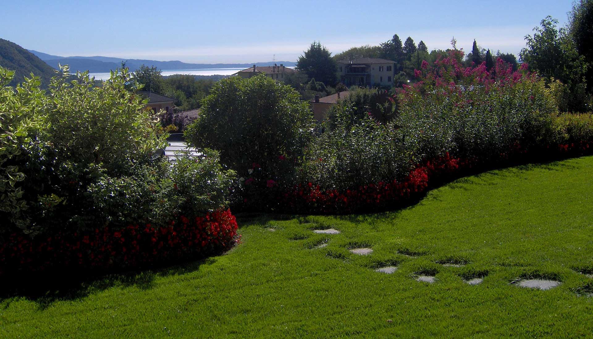 forbici-manutenzione-giardini-ville