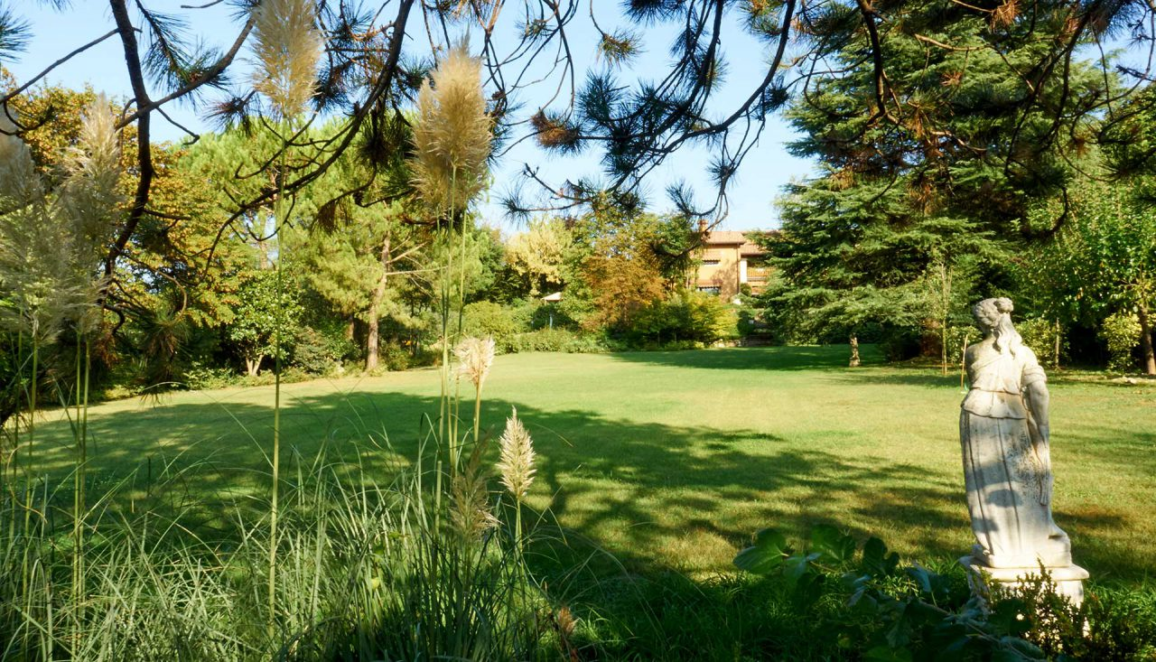 https://www.leforbici.eu/wp-content/uploads/2019/12/forbici-progettare-giardini-ville-hotel-residence-1280x733.jpg